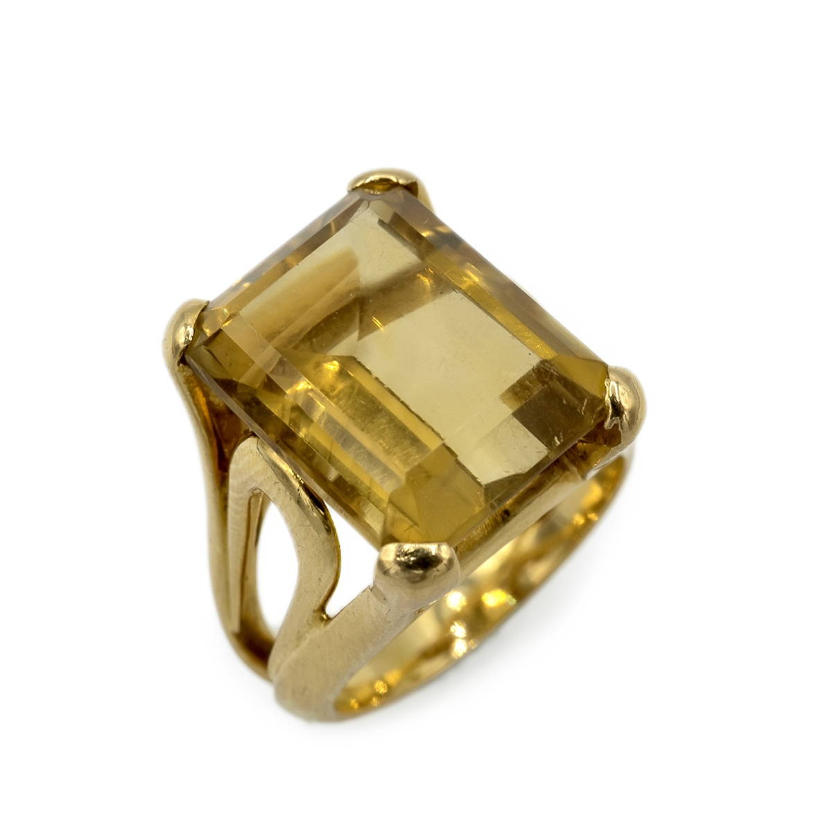 Retro Citrine Quartz Ring. Years 40.