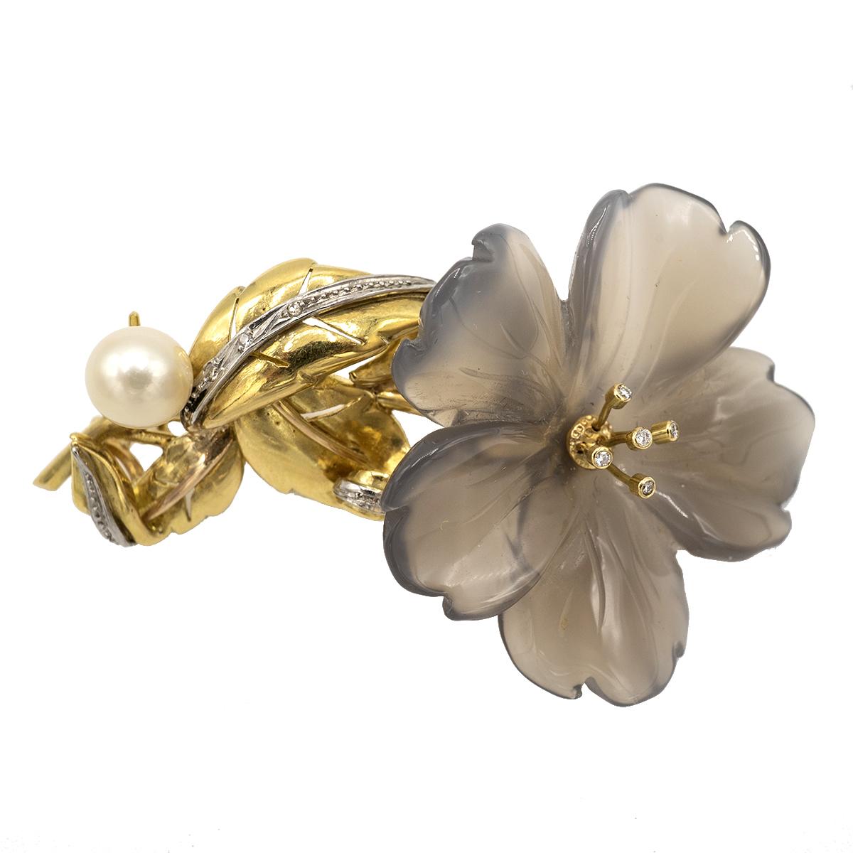 Delicado Broche En Forma De Flor. Años 50.