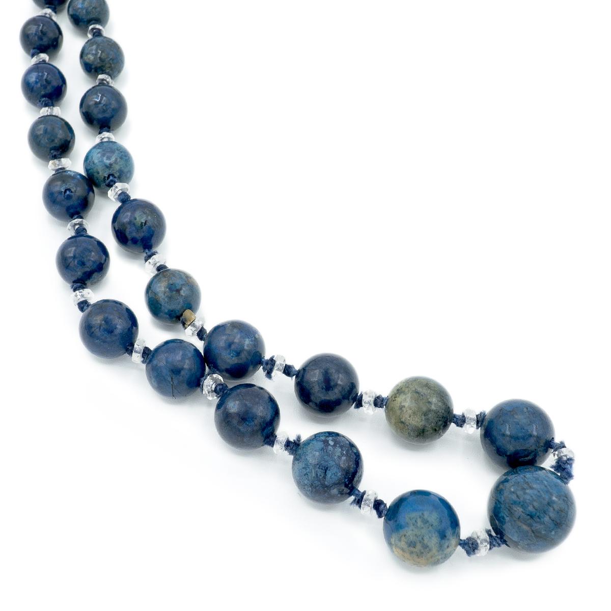 Long Necklace Of Art Deco Zapis-lazuli. 20s.